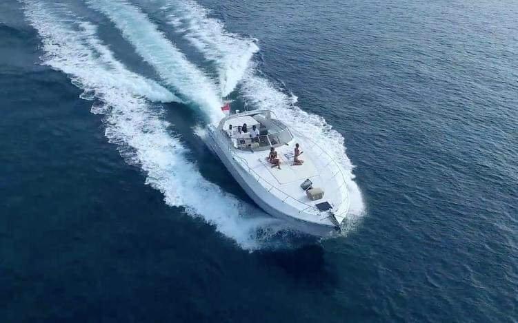 12 Meter 30 Knot offshore Cruiser