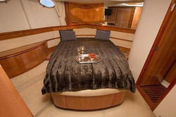 Master suite Indonesian Yacht charter