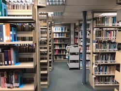 8)圖書館 - 理根閣