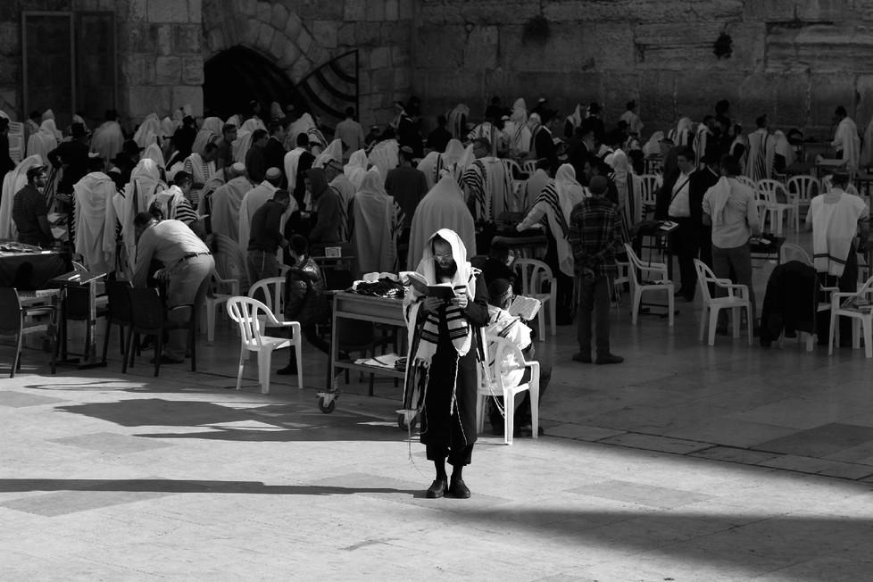 Meri_Huljev_Poziv na molitvu