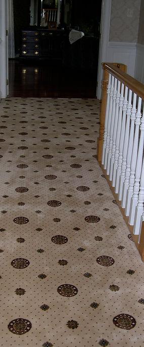 Patterned wall to wall carpet broadloom