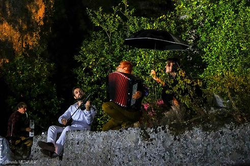Le temps suspendu Junas sous la pluie 18