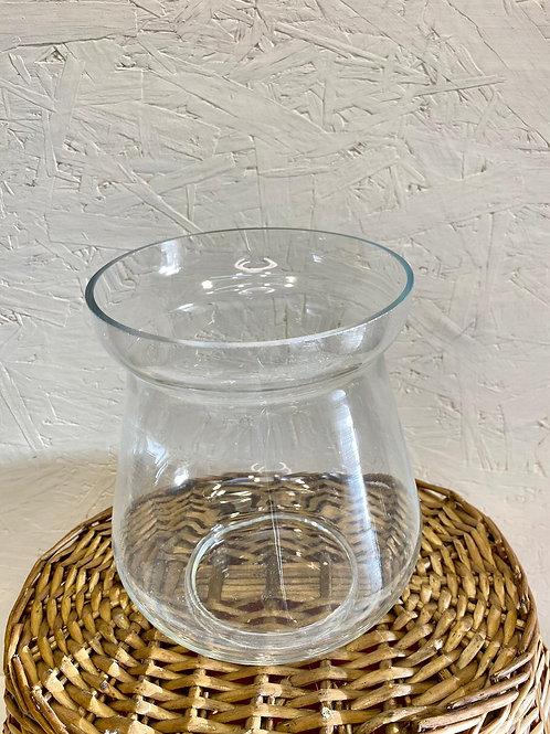 כלי זכוכית מעוצב
