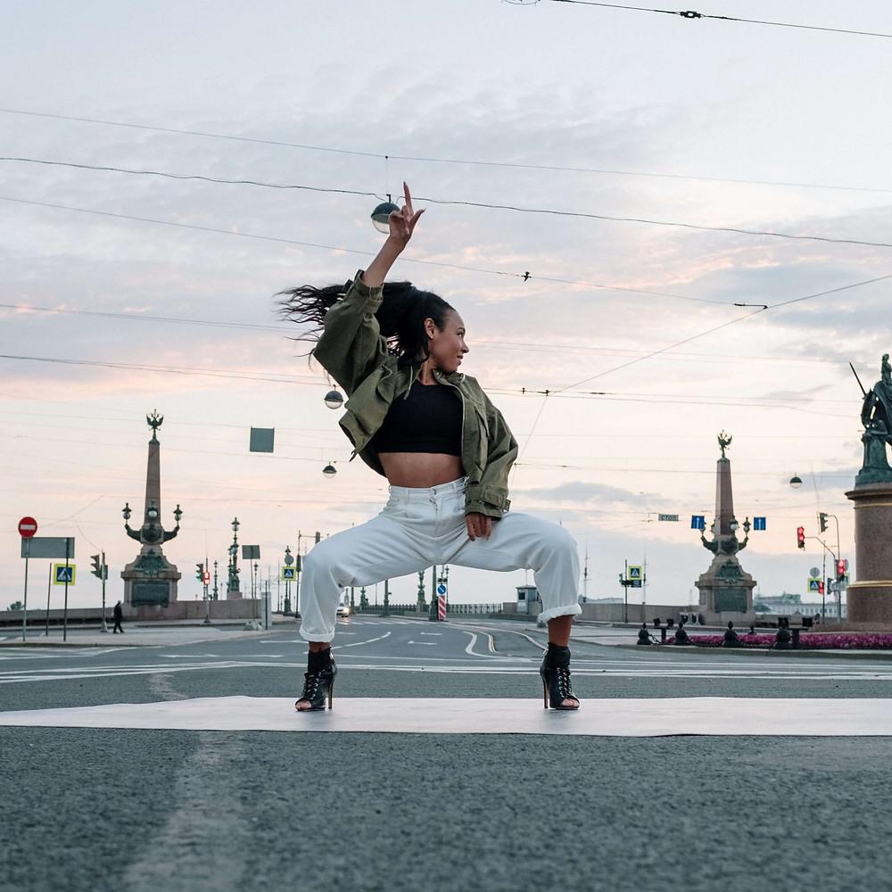 danseuse de rue , street