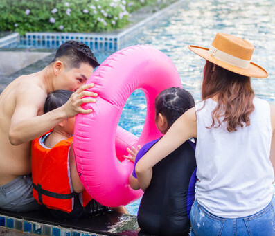 Swim into Energy-Savings: 7 Pool Energy-Efficiency Tips