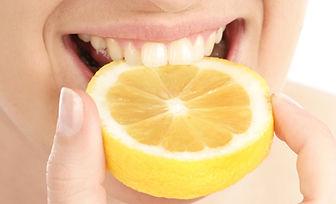 lemon_citrus_cause_tooth_acid_erosion.jp