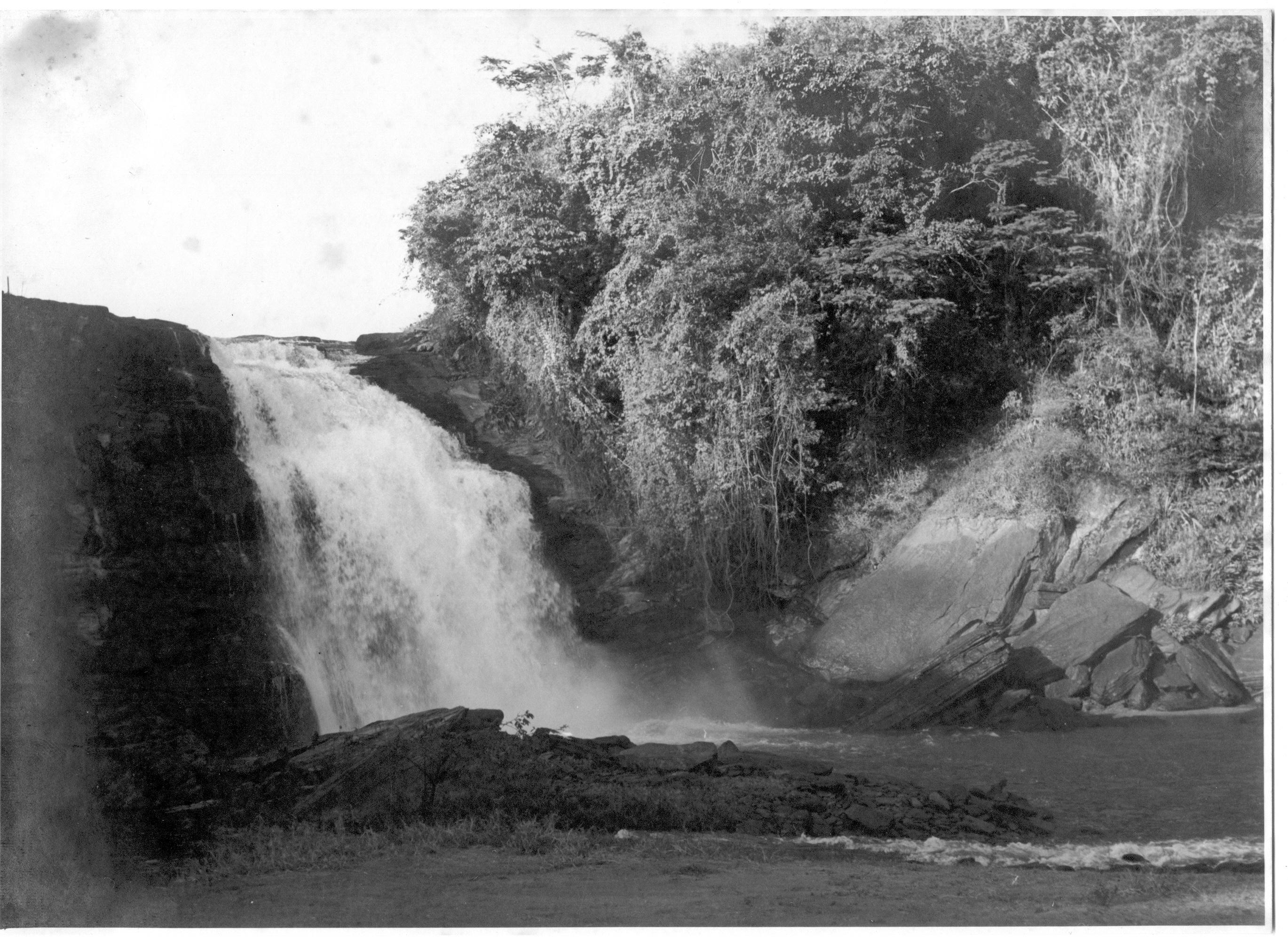 foto045-PCH cachoeira02PB