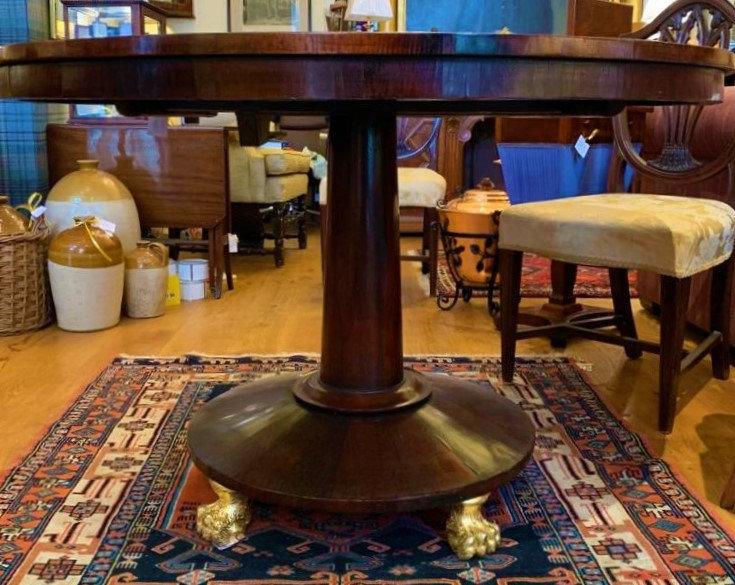 Circular Pedestal Table