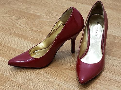 Kelly & Katie Red Heels  Size 9.5