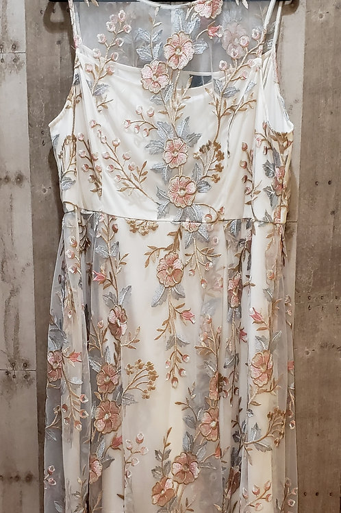 Adrianna Papell Embroidered Dress Size 20
