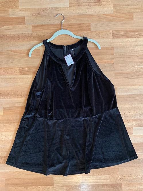 Torrid Sleeveless Velvet Top Size 4