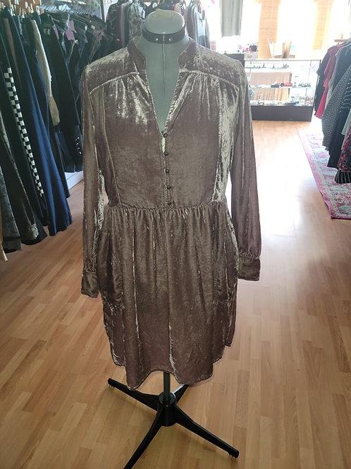 NWT Anthropologie Velvet Midi Dress sz M