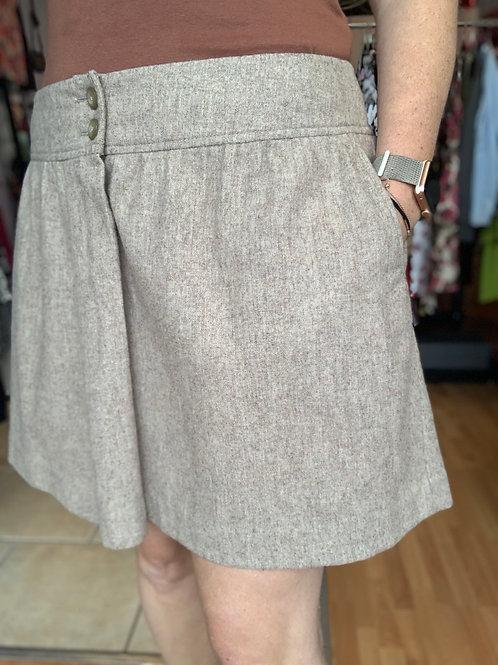 Gap mini skirt Sz 16