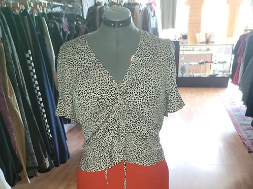 NWT Who What Wear Leopard Print Top