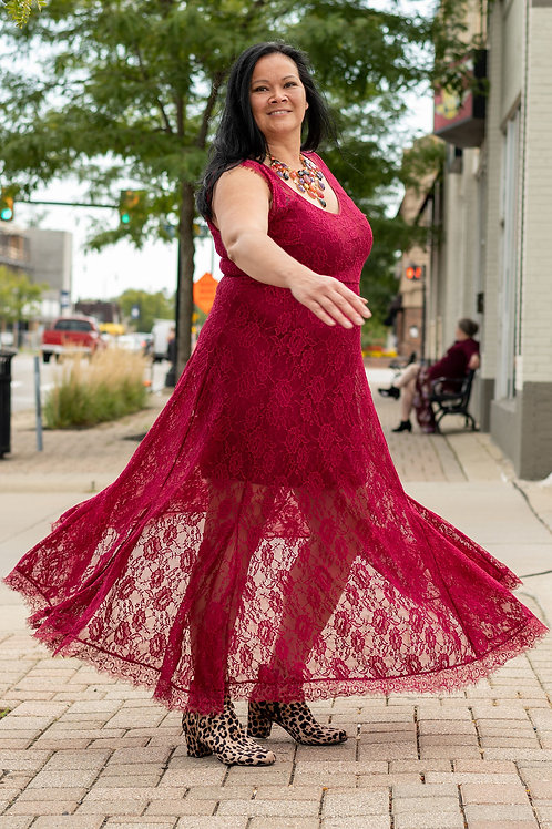 NWT Torrid Scalloped Lace Maxi Dress sz 18