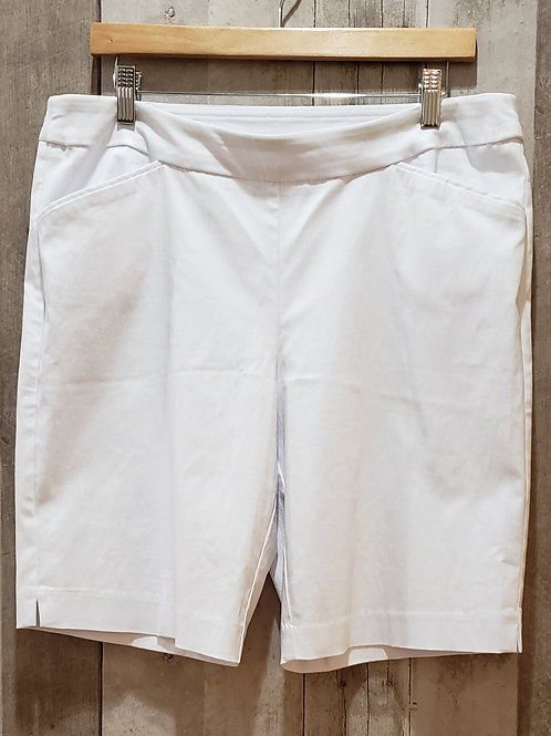 Time and Tru White Stretch Shorts Size 12/14