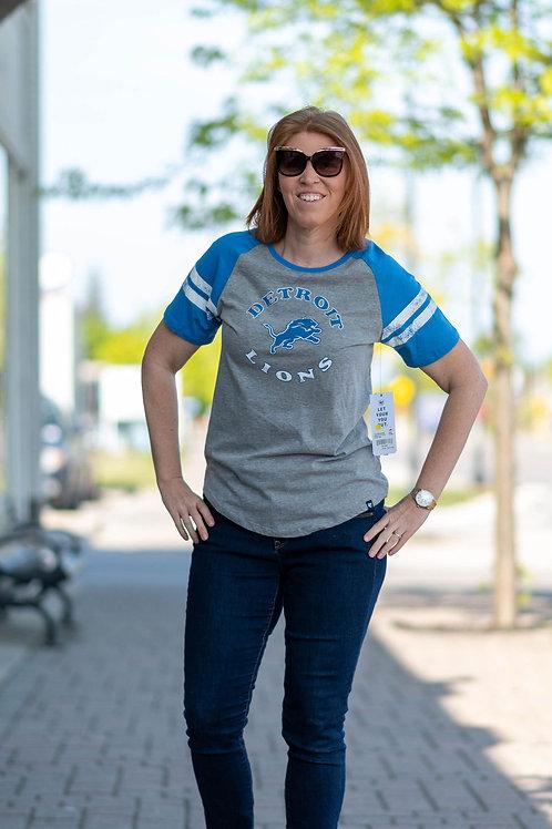 NWT 47 Detroit Lions T-Shirt Size Large