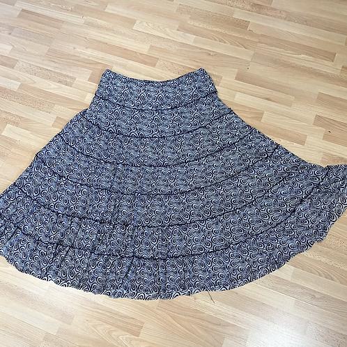 Max studio full skirt size large