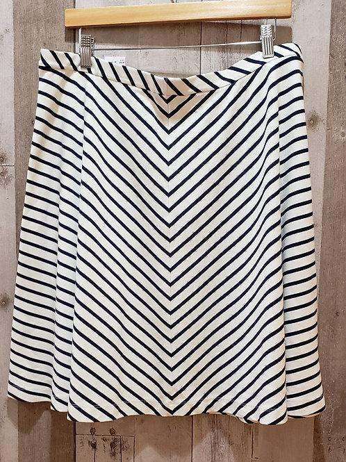 Lands End Chevron Stretch Skirt Size 18