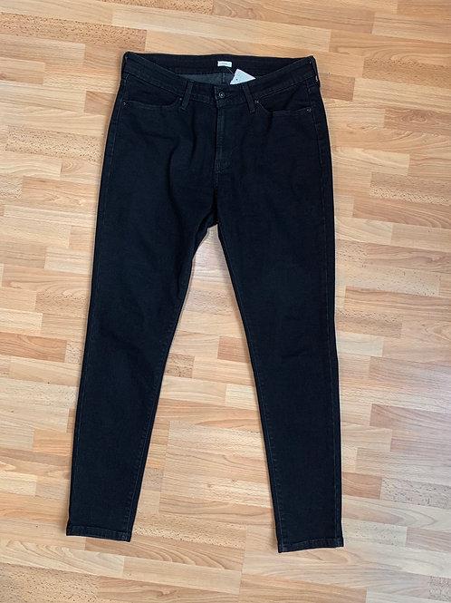 Levi Black Skinny Jeans Size 14