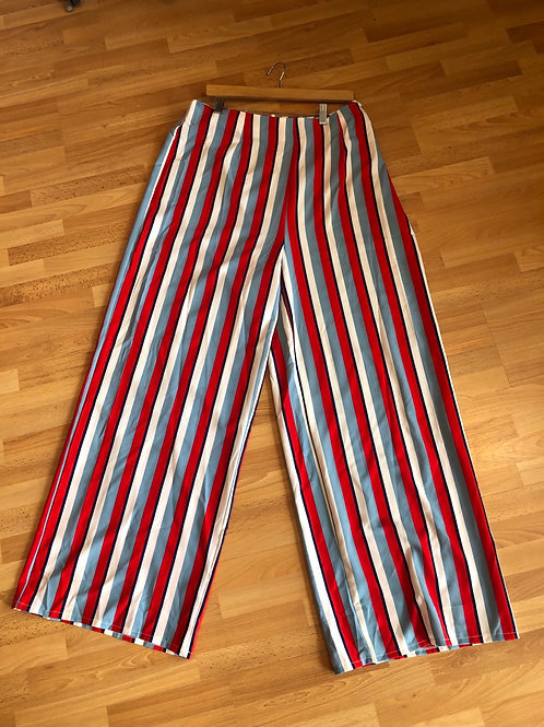 Misguided NWT Striped Pants 16