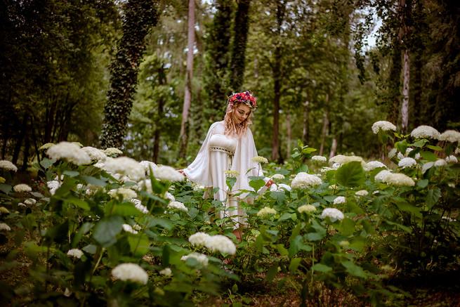 Frau-Portrait-Hortensie-Fairytale