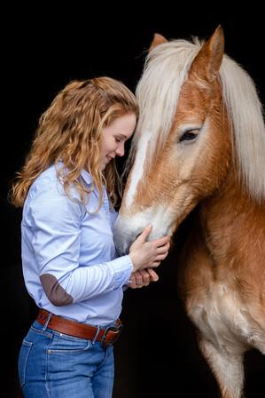 Pferdeportrait mit Besitzer