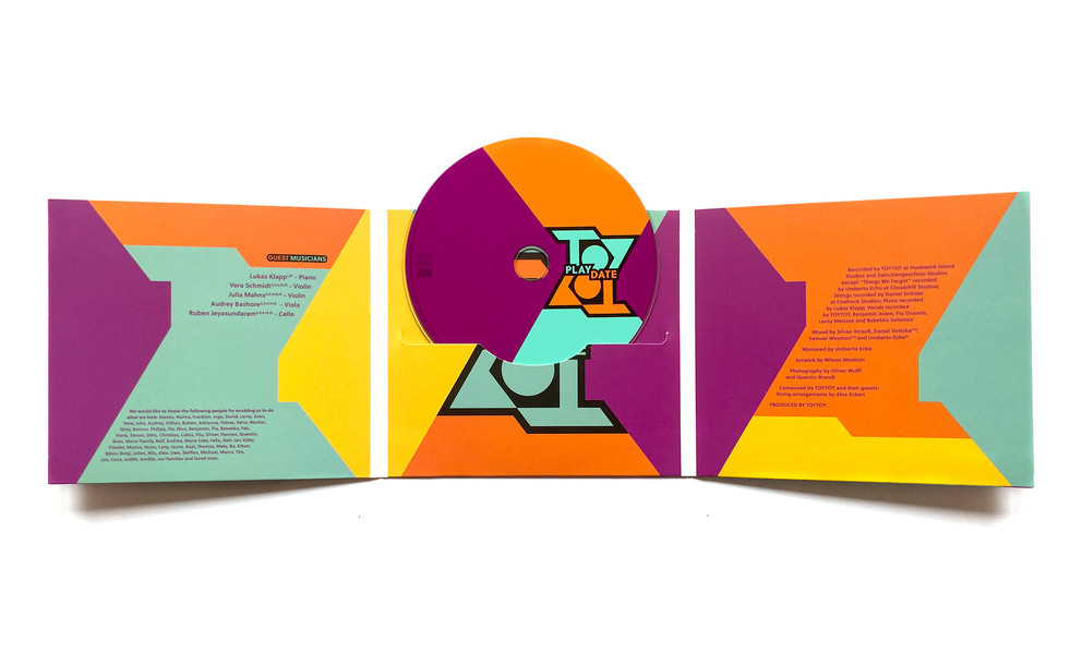 playdate-CD-open-3.jpg