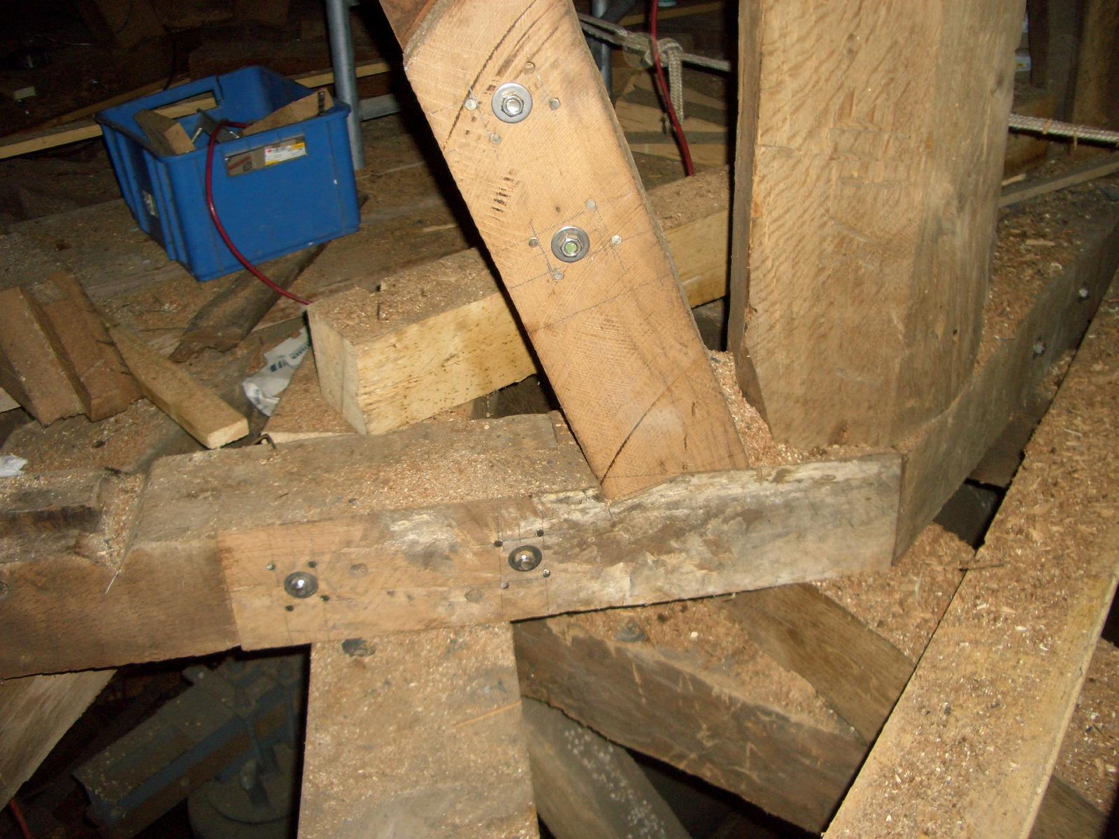 Strebenanschluss Glockenstuhl
