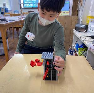 【3月】ベーシック「サイコロ投げロボット」
