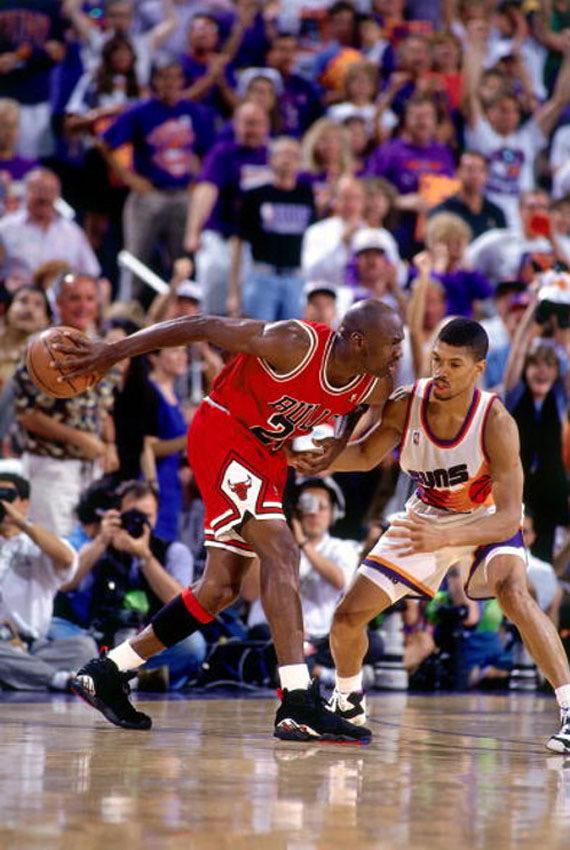 Air Jordan 8 - 1993