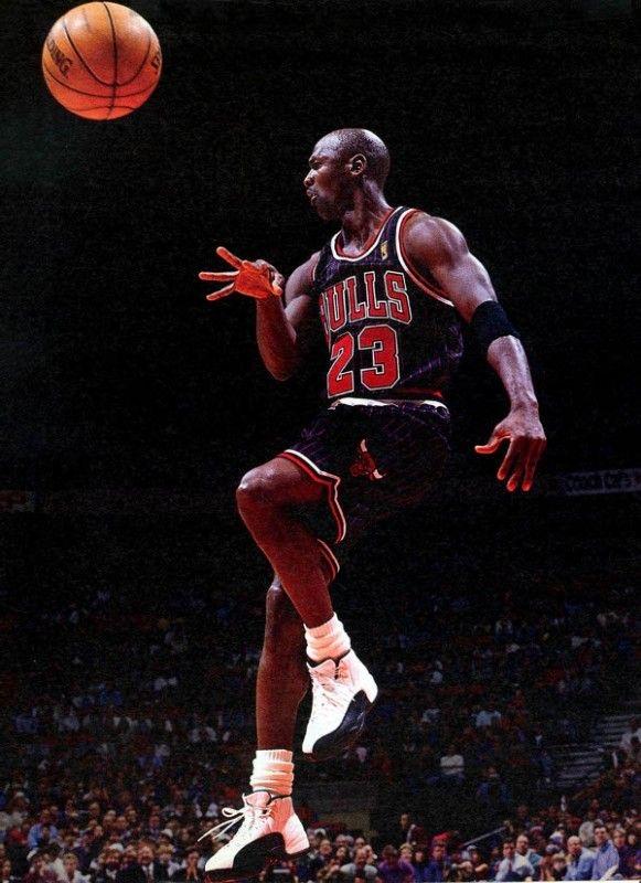 Air Jordan 12 - 1996