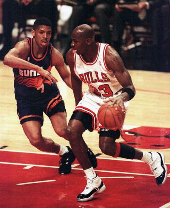 Air Jordan 11 - 1995