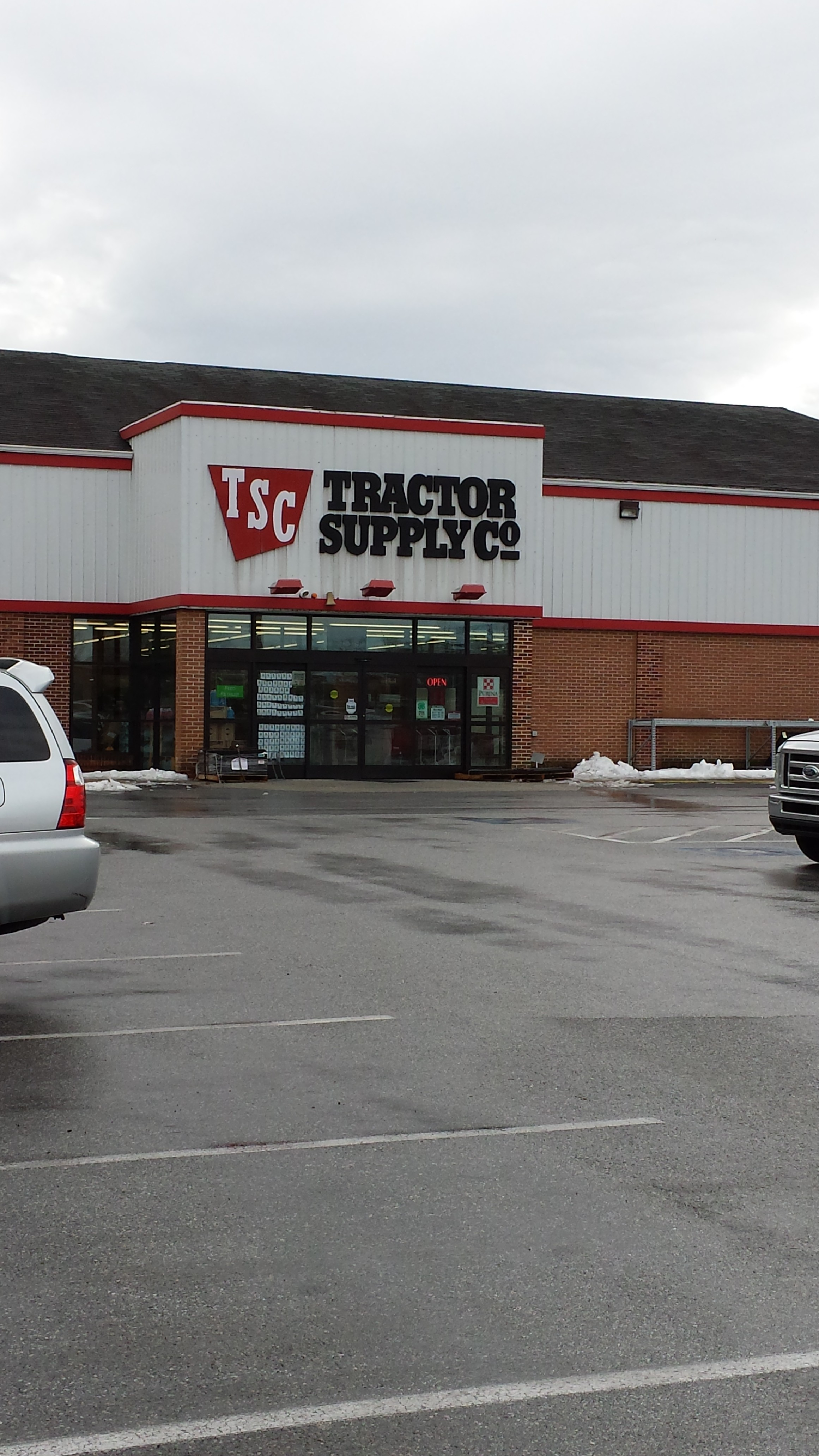 Tractor Supply Front