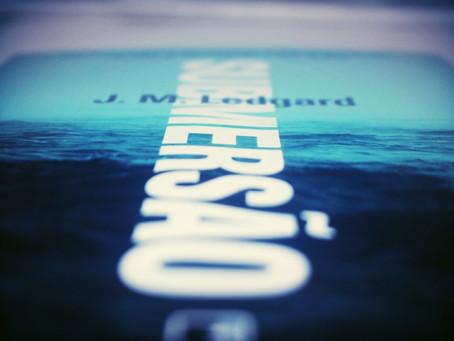 Muito melhor que o filme, 'Submersão' é livro inteligente e complexo