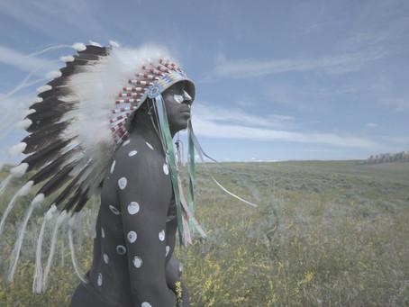 Crítica: 'Inconvenient Indian' busca ressignificar nativos americanos