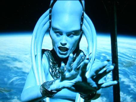 Clássico da ficção científica, 'O Quinto Elemento' completa 20 anos