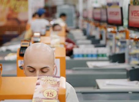 Crítica: 'Meu Querido Supermercado' acerta ao mostrar vida que não enxergamos