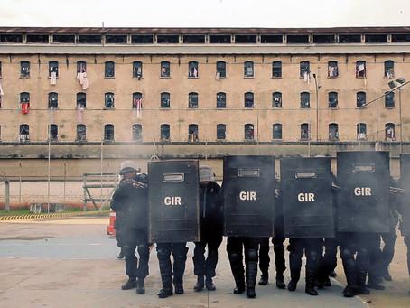 Crítica: 'Encarcerados' é documentário necessário em tempos tão bicudos