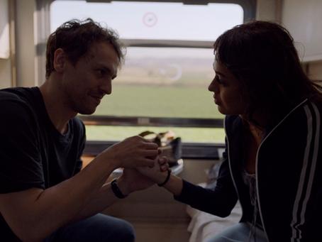 Crítica: 'Expresso do Destino' é filme romântico simpático da Netflix