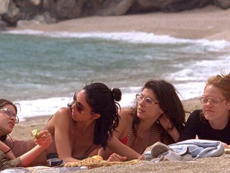 """Crítica: Leve e agradável, 'Winona' surpreende com """"dia na praia"""""""
