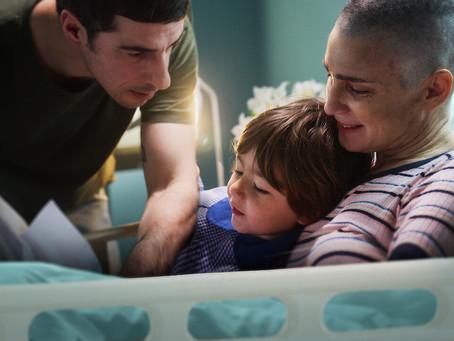 Crítica: 'O Caderno de Tomy', da Netflix, é filme doloroso sobre morte e luto