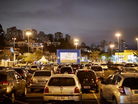 Cinema drive-in na Mooca terá sessões especiais de Natal