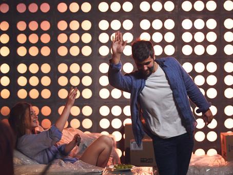 Crítica: 'Todas as Canções de Amor' é drama musical e emocionante