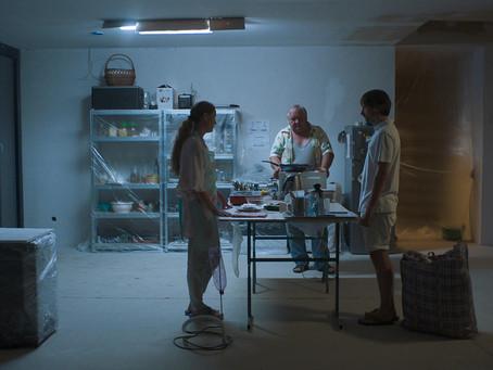 Crítica: 'Cook F**k Kill' é filme sem sentido e sem força narrativa
