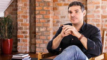 Novos poemas de Carlos Cardoso são recitados por Othon Bastos e Patrícia Pillar