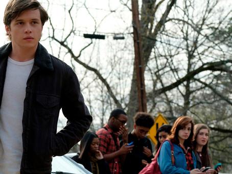 Crítica: 'Com Amor, Simon' é bom filme, ainda que pouco ousado