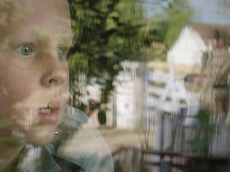 Crítica: 'Anton' emociona com trama sobre amizade