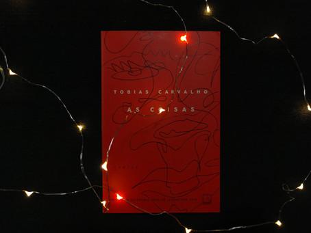 Resenha: 'As Coisas' é livro de contos moderno, forte e necessário