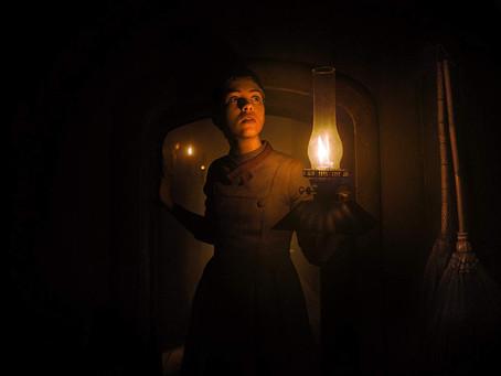 Crítica: 'Maria e João' é filme pretensioso com vazio narrativo